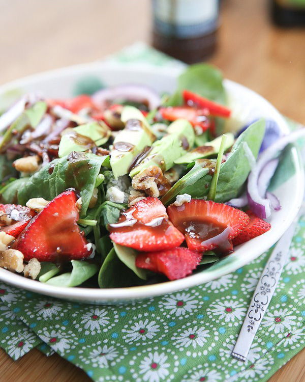 Raspberry And Walnut Kitchen: Spinach Raspberry Salad W/ Gorgonzola & Honey Roasted